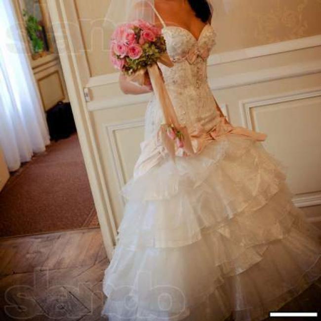 b4fe3bd6eaf2cc Весільне плаття