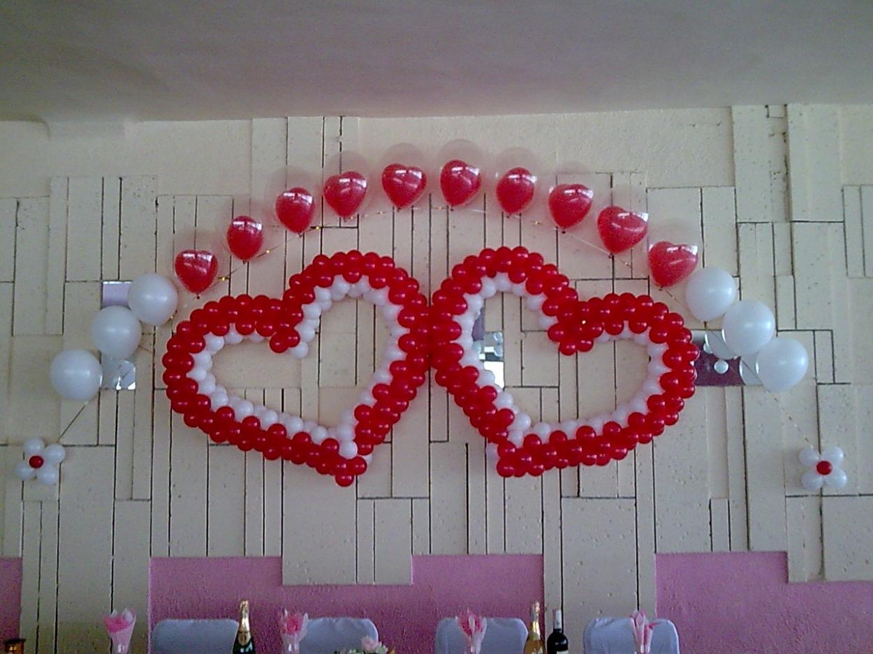 Как сделать украшение из шариков на свадьбу