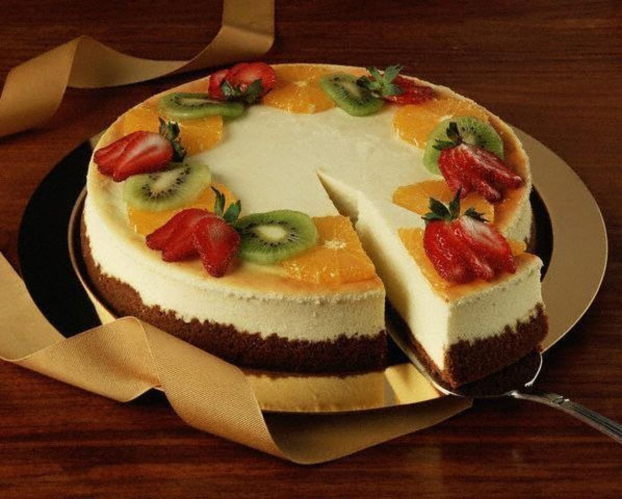 Творожно-фруктовый торт без выпечки рецепт
