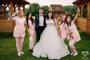 "wedding agency ""ДВА СЕРЦЯ"""