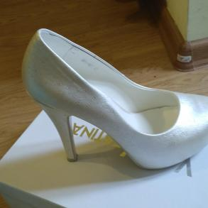 Весільні туфлі 892a11894b75a
