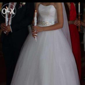 Продам весільне плаття 54a8ed7cc09c8