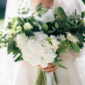 Ivory flowers & decor